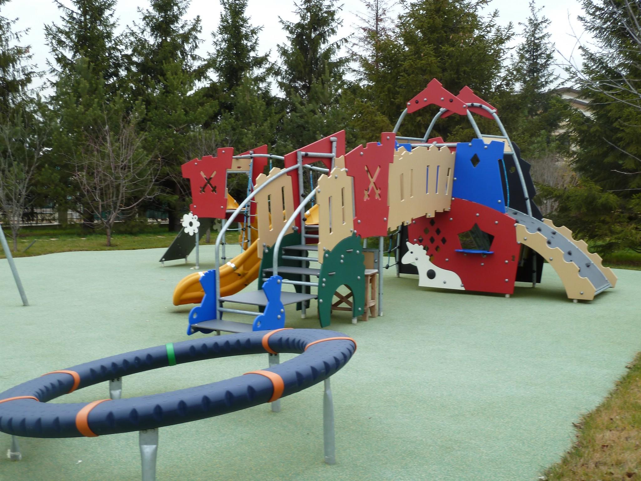 Покрытие для детских площадок снип